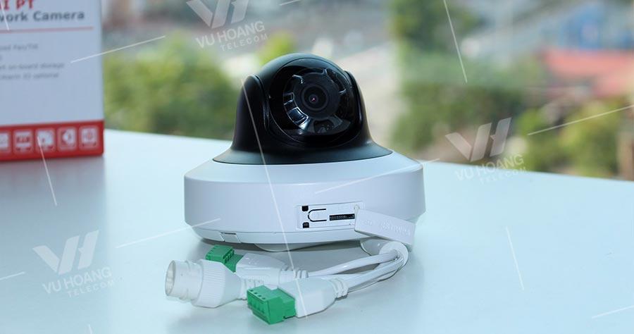 Camera HIKVISION DS-2CD2F42FWD-IWS hỗ trợ thẻ nhớ lên tới 128GB