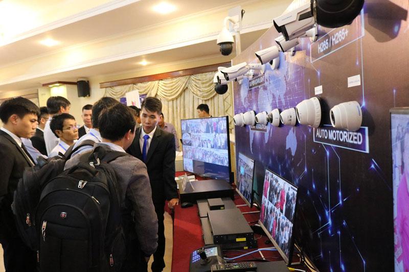 Camera Huviron chuyên dụng cho dự án