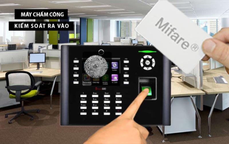 Máy chấm công RONALD JACK ICLOCK 660 hiệu quả cho doanh nghiệp