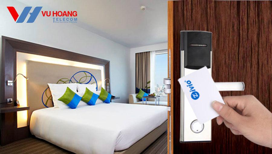 Thẻ từ Metic mở khóa cửa khách sạn
