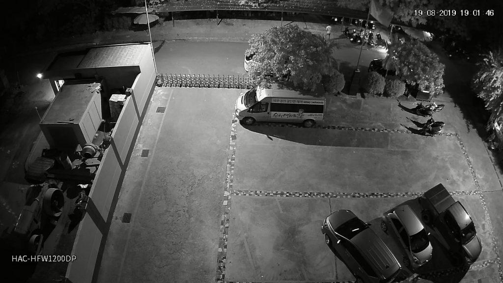 Hình ảnh camera HAC-HFW1200DP ghi lại lúc 19h00 tối