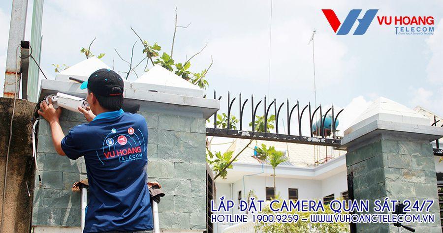 Lắp đặt camera ngoài trời quan sát khu vực cổng chính