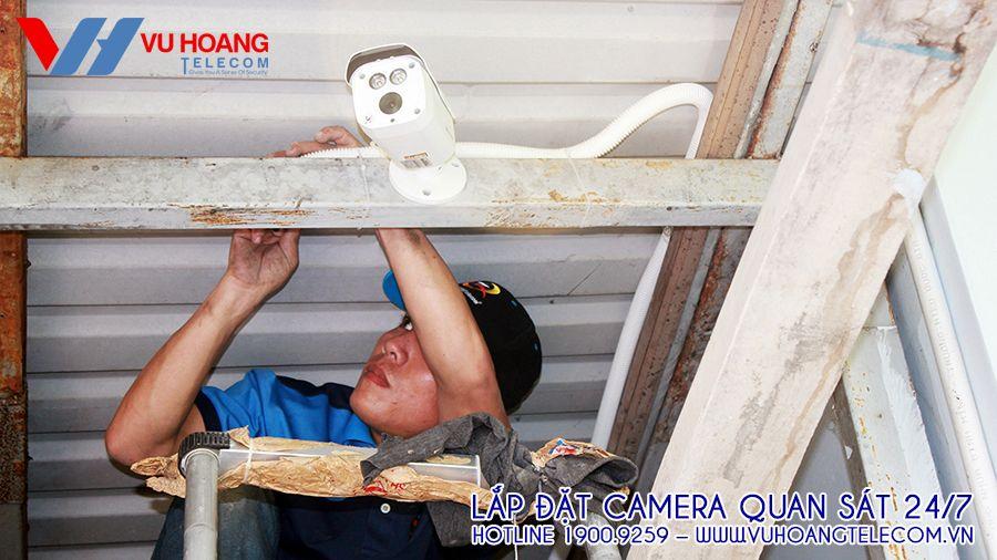 Hệ thống camera đều đi dây trong ống bảo vệ, chắc chắn