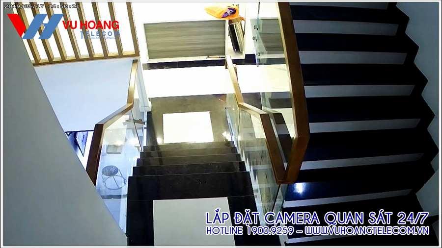 Vị trí camera quan sát ở cầu thang