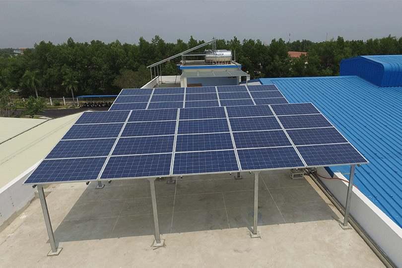 Pin mặt trời đòi hỏi chi phí lưu trữ năng lượng cao
