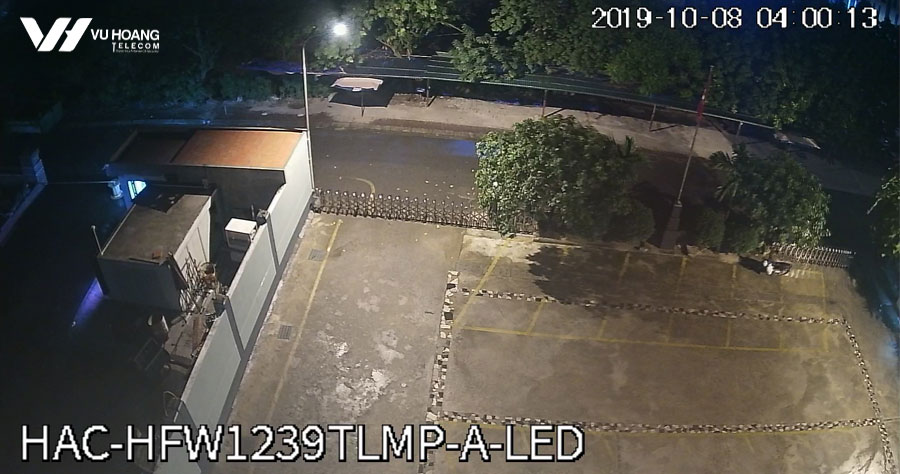 Camera HAC-HFW1239TLMP-A-LED lúc 4h sáng