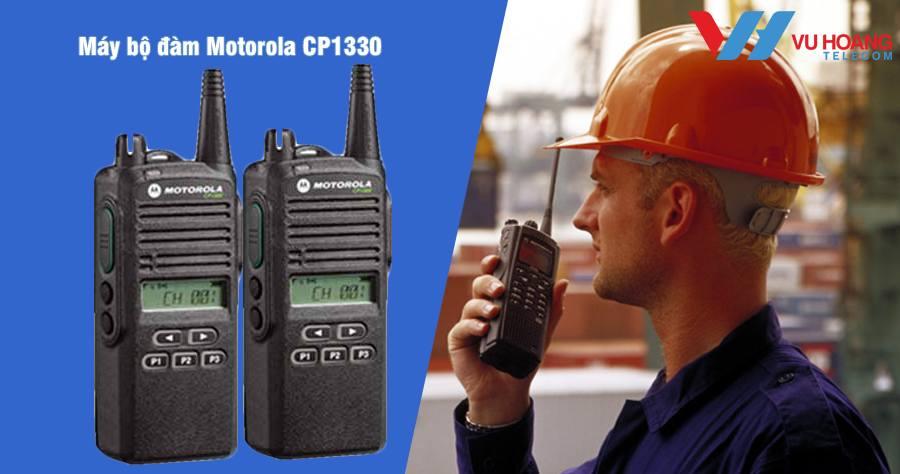 Máy bộ đàm cầm tay Motorola CP1330