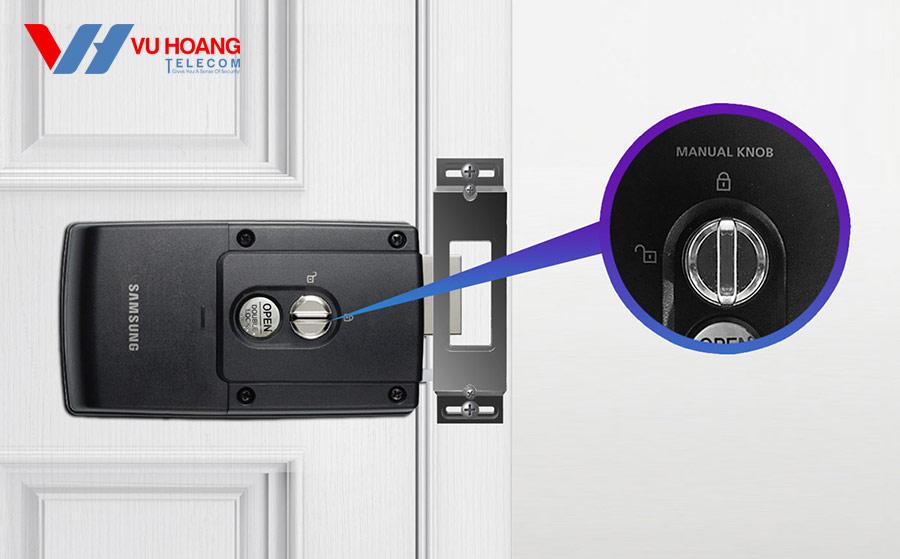 Khóa cửa thông minh SAMSUNG Seris SHS-1321 lắp bên trong nhà
