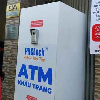 Vuhoangtelecom mở điểm ATM khẩu trang miễn phí ở quận Bình Thạnh