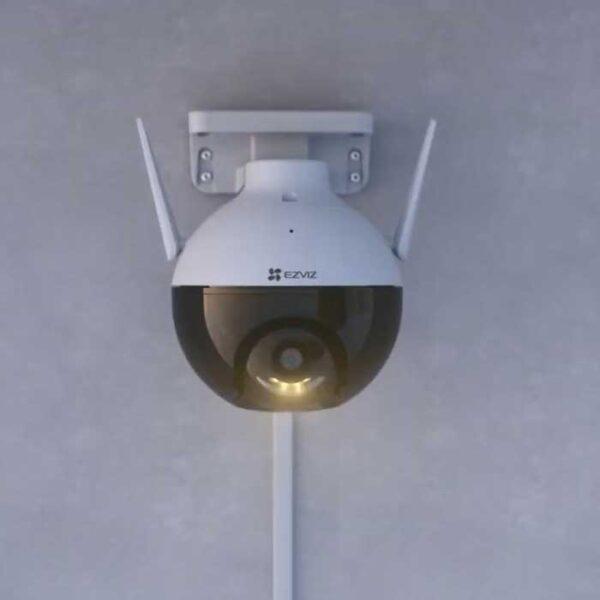 Camera Wifi EZVIZ C8C thực tế 1
