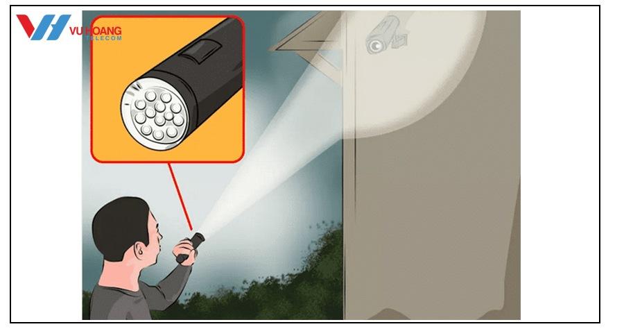 lam nhieu camera bang den LED